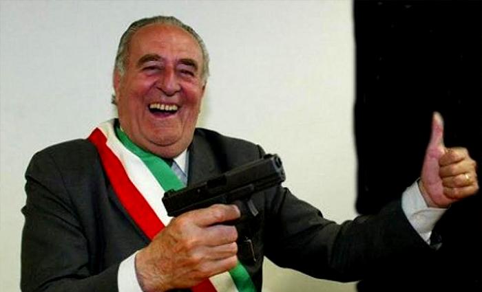 Treviso, Gentilini è uno sceriffo razzista. Lo dice la Cassazione