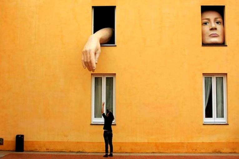Il caso Inside Art: a qualcuno piace l'arte