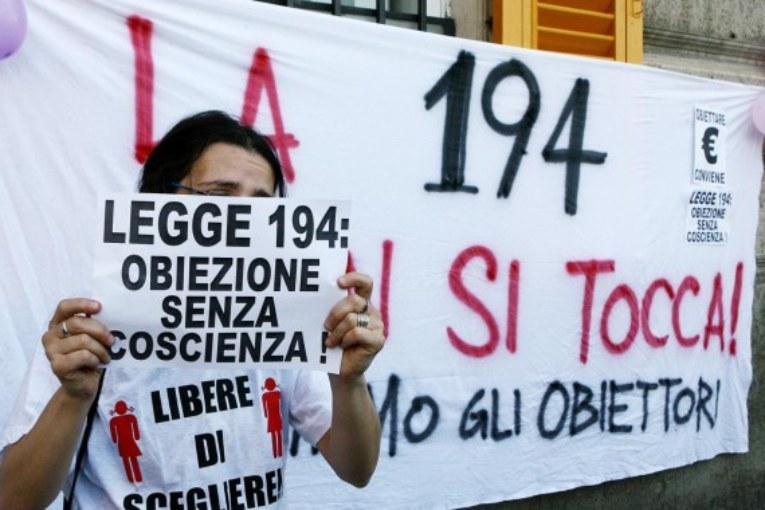 RU486, il Lazio va avanti, piano
