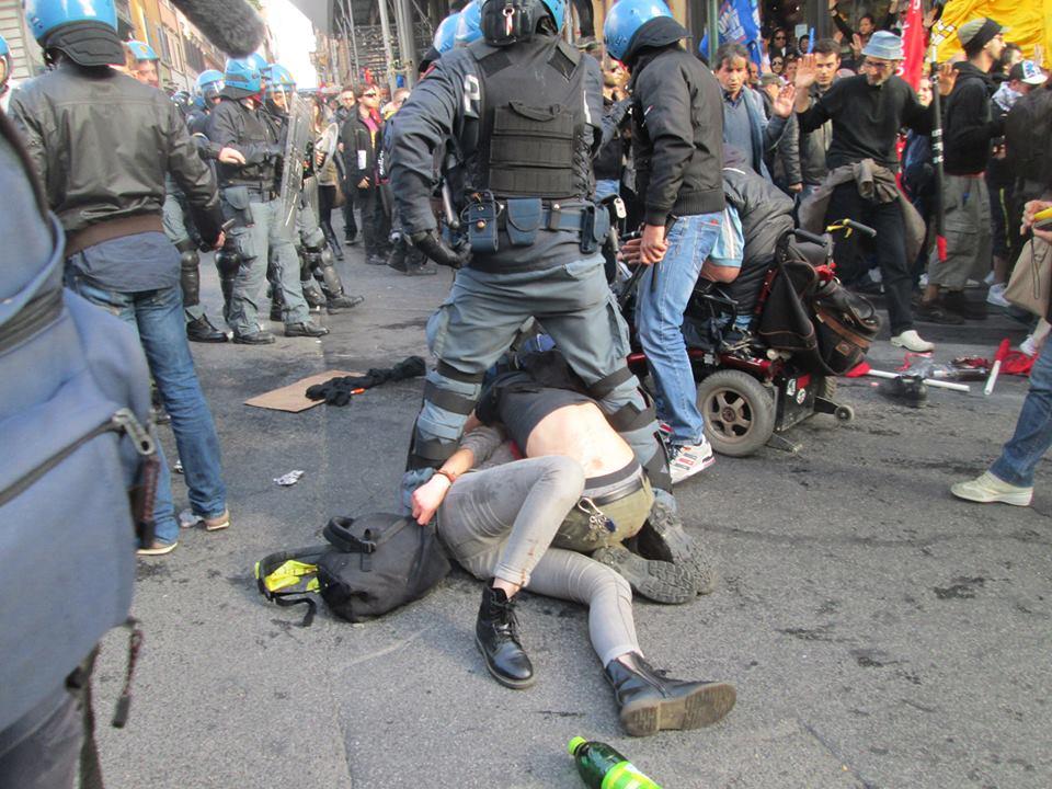 #12A, la vendetta di Renzi: quattro manifestanti arrestati