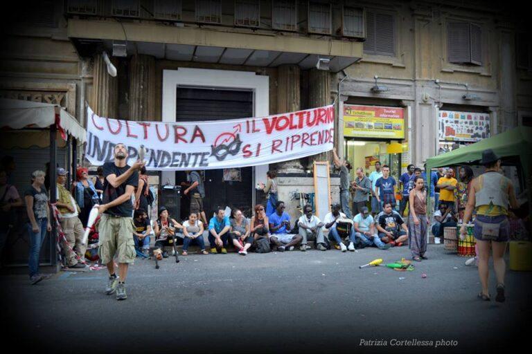 Roma, cariche davanti al Volturno