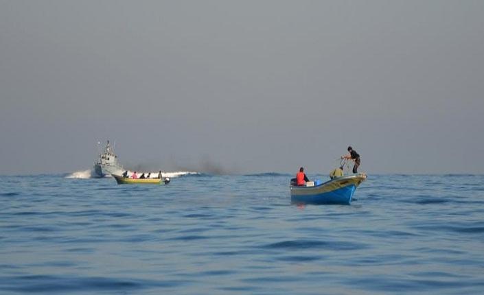 Pescatori di Gaza raggiunti dalla marina militare israeliana. Foto Schiano