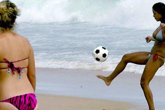 art-Rio-Beach-Ball-Game-620x349