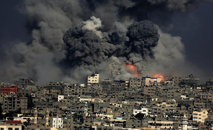 Gaza colpita centrale elettrica