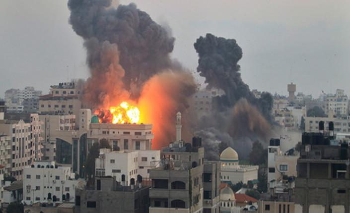 """L'inferno di Gaza. Haaretz: """"Israele non vuole la pace"""""""