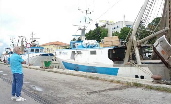 Nevio e Federica II, il pescatore e la sua imbarcazione