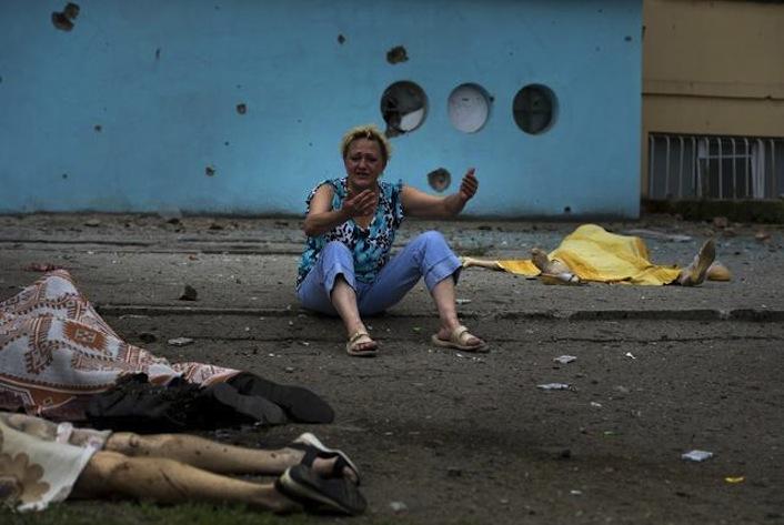 Ucraina/Offensiva sempre più dura. Più di 100 civili morti nell'ultimo week end
