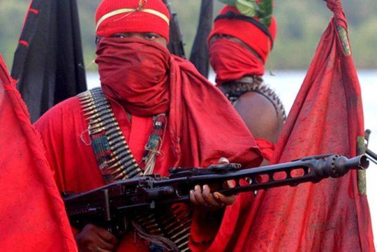 Nigerian militants declare 'oil war'