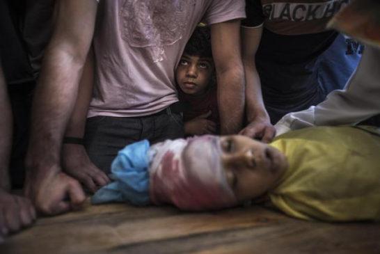 la prima vittima dei raid post tregua, bambino palestinese di 10 anni