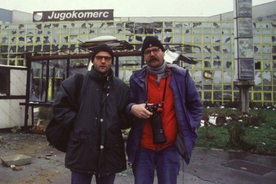 gabriel-gruener-und-uli-reinhardt-bei-ihrem-ersten-gemeinsamen-einsatz-1992-im-belagerten-sarajewo