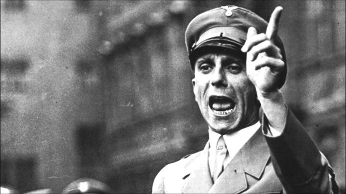 Il ministro per la Propaganda del Terzo Reich Joseph Goebbels.