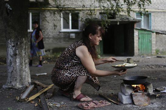 ukraine-lugansk-humanitarian-crisis.si