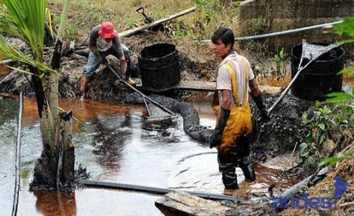 Ecuador: reportage dalla contaminazione di Lago Agrio