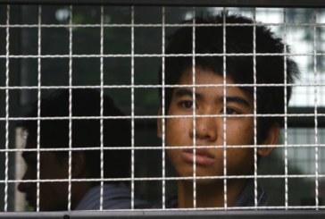 Vergogna in Thailandia, bambini sbattutti in prigione perché profughi