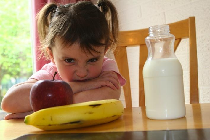 le-regole-per-la-corretta-alimentazione-dei-bambini
