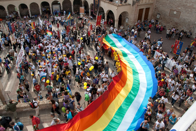 Perugia-Assisi, la Marcia perde pezzi