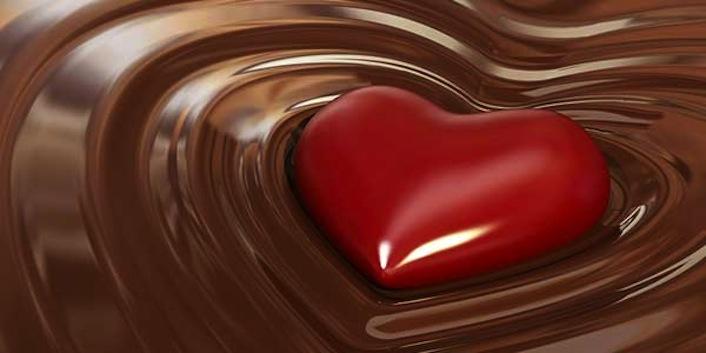 La scienza sentenzia: il cioccolato fondente fa bene al cuore