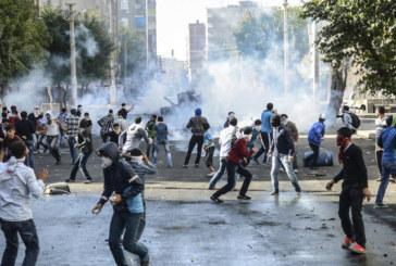 Turchia: la polizia reprime le proteste kurde anti-Isis. 15 morti