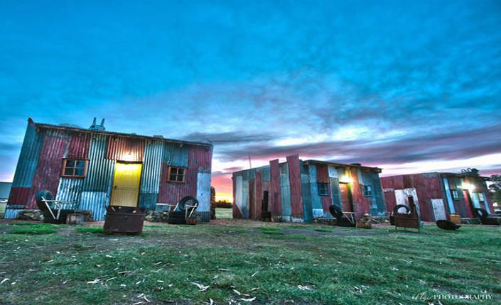 Shanty Hotel, il lusso di vivere da povero