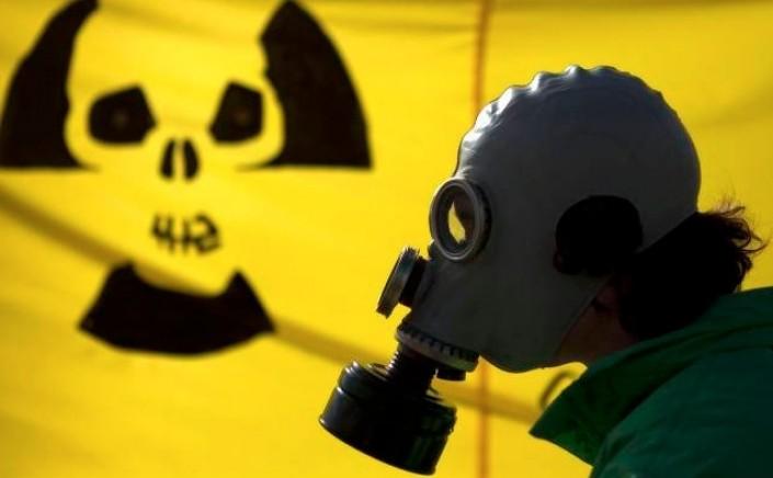 Nucleare, la barba finta che piace a Renzi