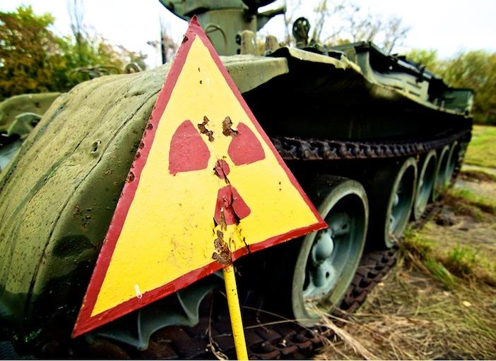 Esercito ucraino combatte con tank radioattivi provenienti da Chernobyl
