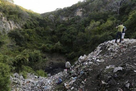 La discarica nei pressi di Cocula sono stati bruciati i resti degli  studenti trucidati
