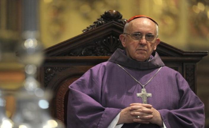 """""""Bergoglio non criticò mai la dittatura argentina"""""""