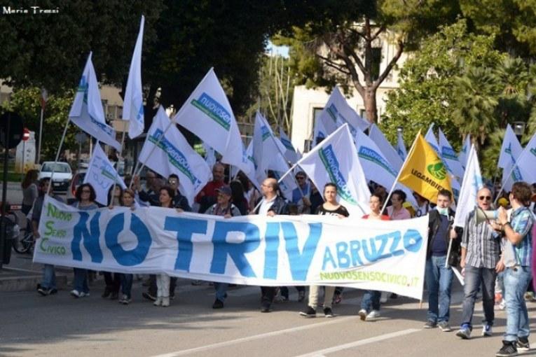 Il Pd fa lo Sblocca Italia, i movimenti lo bloccheranno