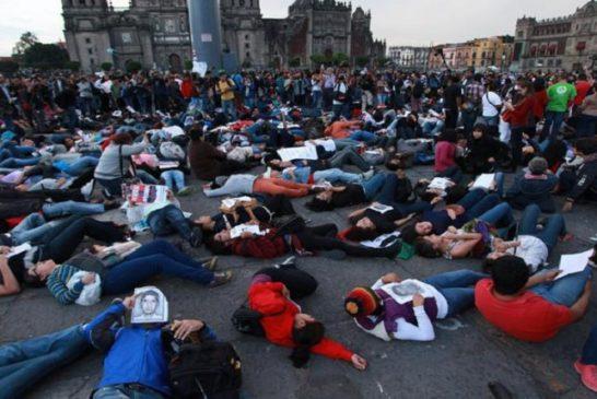 Proteste a Città del Messico