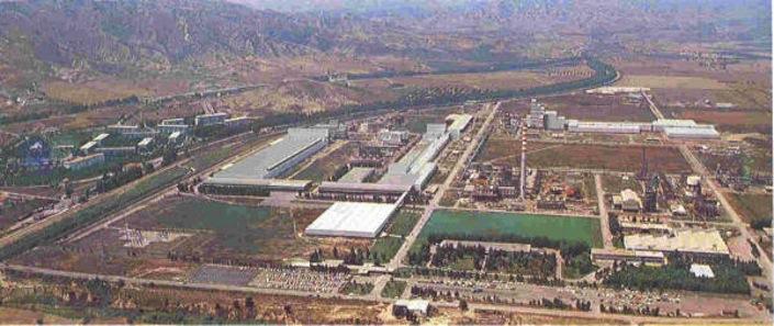 Il Tecnoparco di Pisticci Scalo, dove arrivano, ogni giorno, duecentomila litri di acque di scarto petrolifere radioattive.