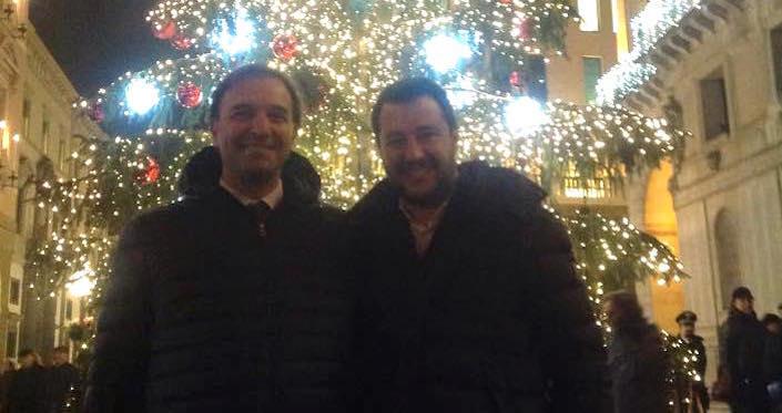 Il sindaco di Padova, Massimo Bitonci (sinistra) e il segretario della Lega Nord, Matteo Salvini (destra).