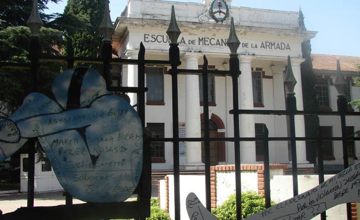 Entrata dell'Esma a Buenos Aires, oggi diventato Museo della memoria