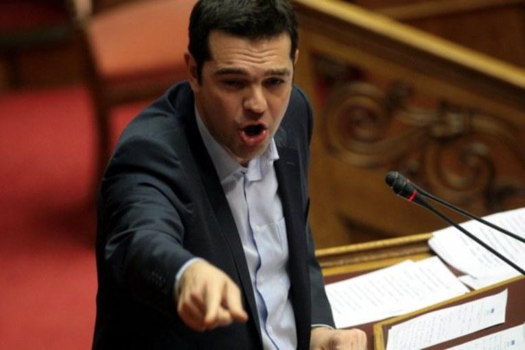 Tsipras, sempre in testa ai sondaggi, invita sinistra e verdi a unire le forze