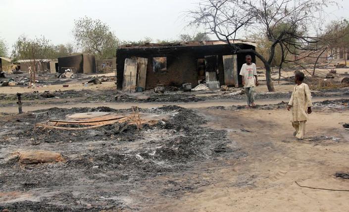 Ciò che resta di uno dei villaggi nel municipio di Baga