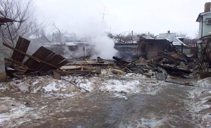 Kiev attacca Donetsk con ogni tipo di armamento
