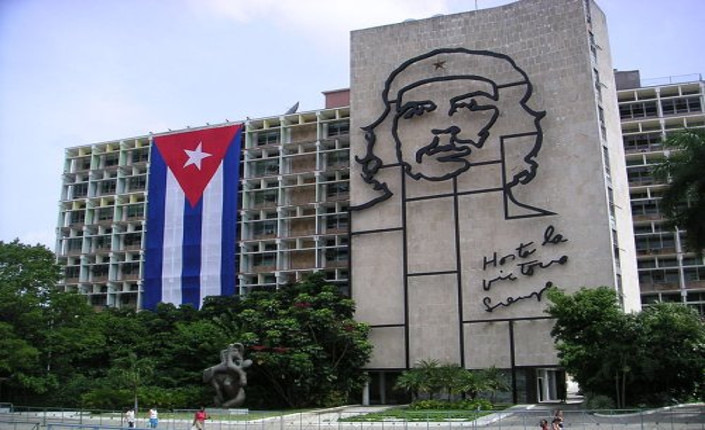La Habana, effige di Che Guervara sul palazzo del ministero dell-interno