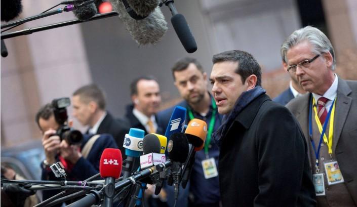 Parla Tsipras: «Si dica che il debito non è sostenibile»