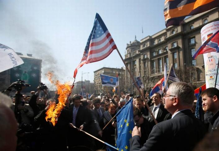 L'avvicinamento a UE e NATO non è condiviso da tutti