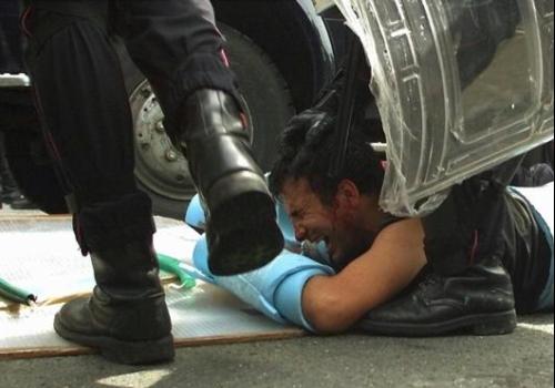 pestaggio-polizia