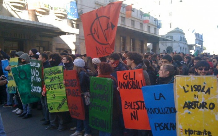 «A casa di Scilipoti per dire che il 14 dicembre c'eravamo tutti»