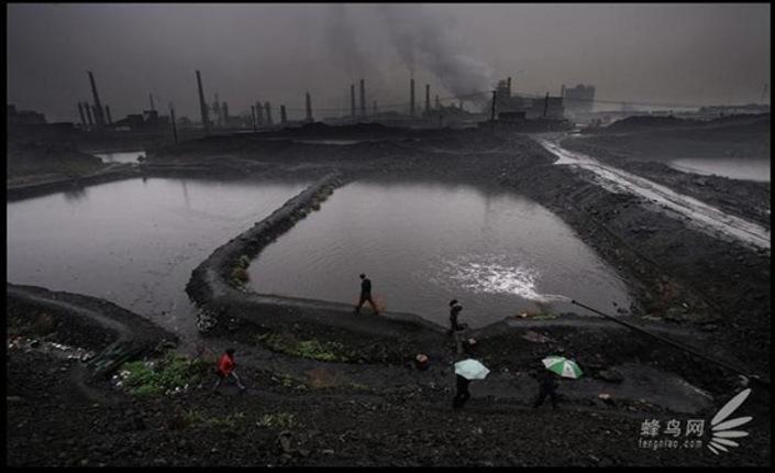 Il lago nero di Baotou. Video e foto