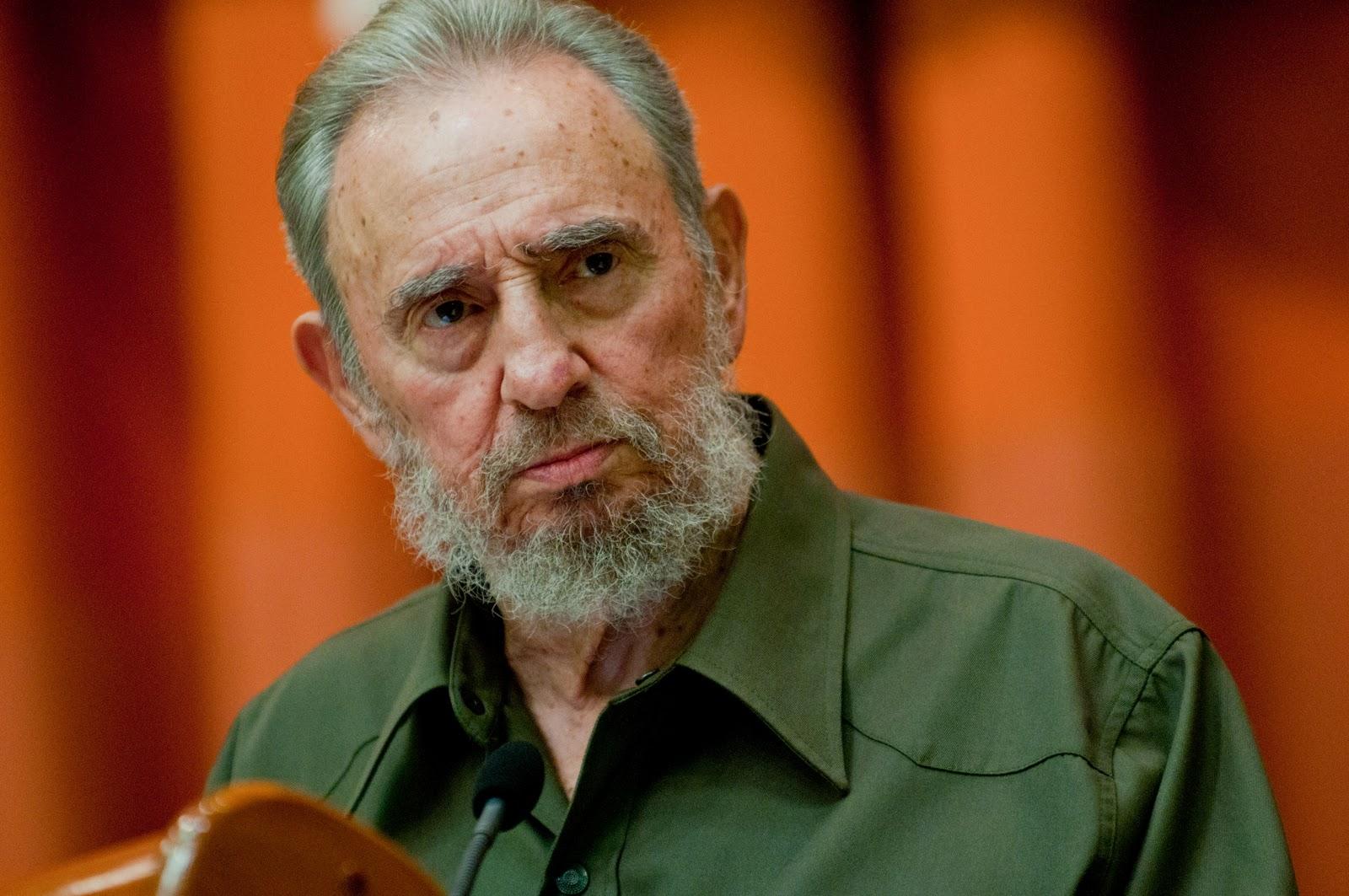 """Fidel Castro è vivo e non legge """"Oggi"""""""