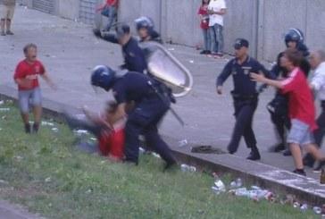 Portogallo, polizia aggredisce una famiglia di tifosi (video)