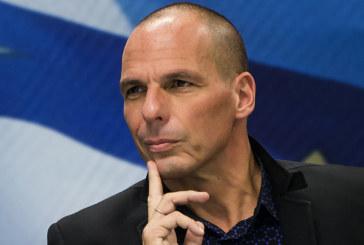 Varoufakis lascia? Macché, raddoppia