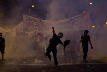 Grecia, Tsipras ha il suo accordo. Schiaffo al popolo dell'OXI