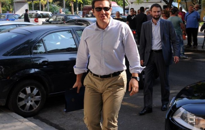 politiki_gramateia-tsipras