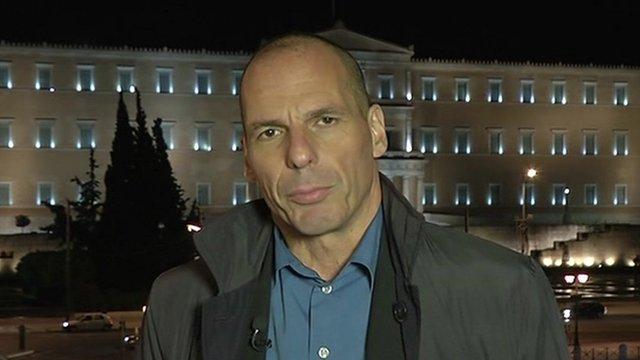 """Varoufakis: """"Il principale nemico dell'Europa è la democrazia"""""""