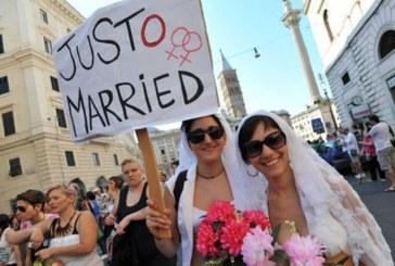 Gay, Pride 2016, tutti a Venezia, Elton John apra il corteo