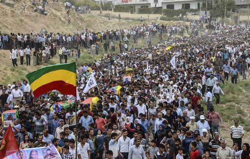 Kurdistan, «Cizre ancora sotto assedio. E' emergenza umanitaria»