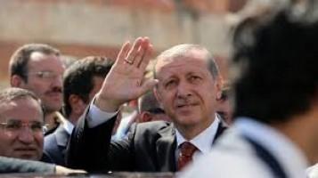 Turchia, polizia e fascisti massacrano i curdi